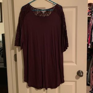 Burgundy, lace top tunic; Old Navy; Size XXL
